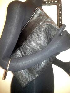 ZipClutch_blackleather_Sparkle