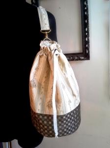 bucketbag_BeigeFloral